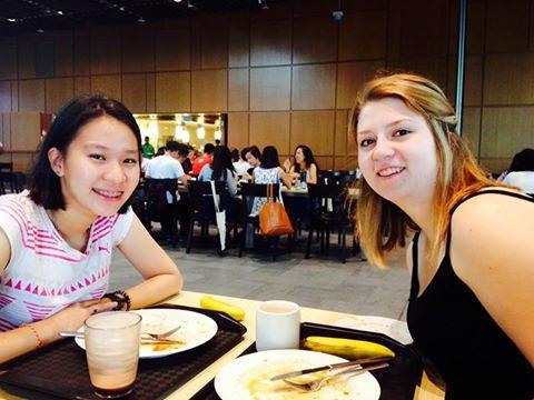Lunch tag buddies Rachel Quek '18 and Jillane Buryn '18 meet for a meal
